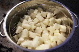 potatoescutcolander_ccmorguefile